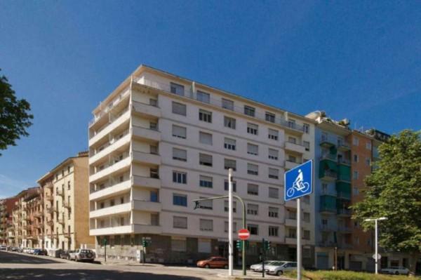Appartamento corso lione 72, Torino