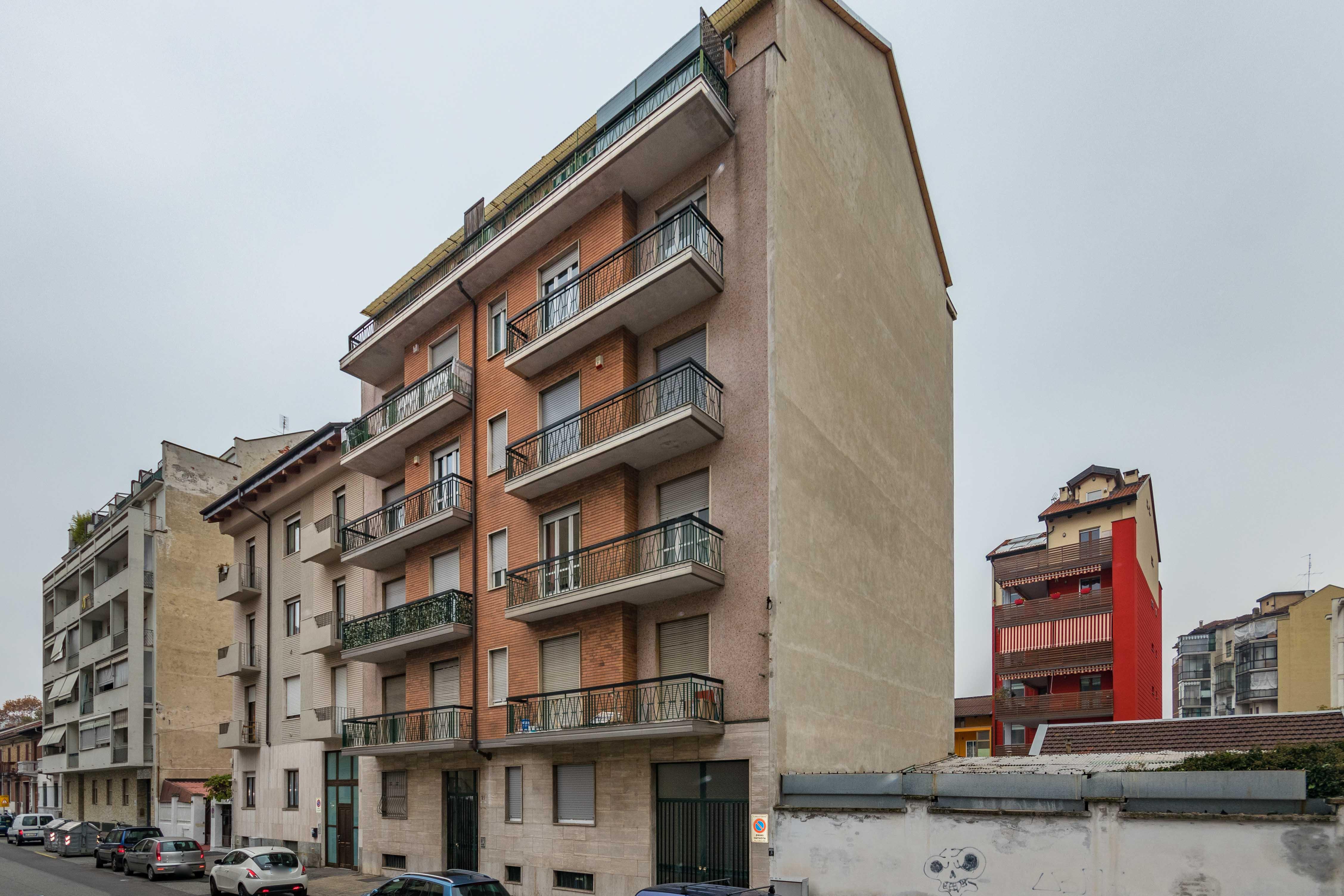 Bilocale via Morozzo 21, Torino