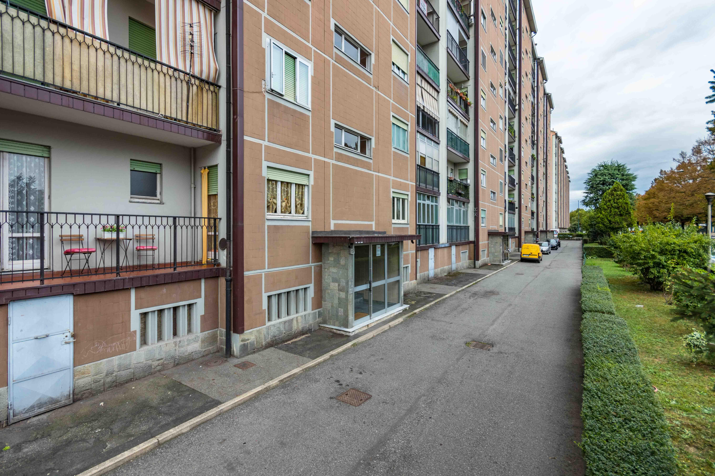Appartamento via Plava 107, Torino