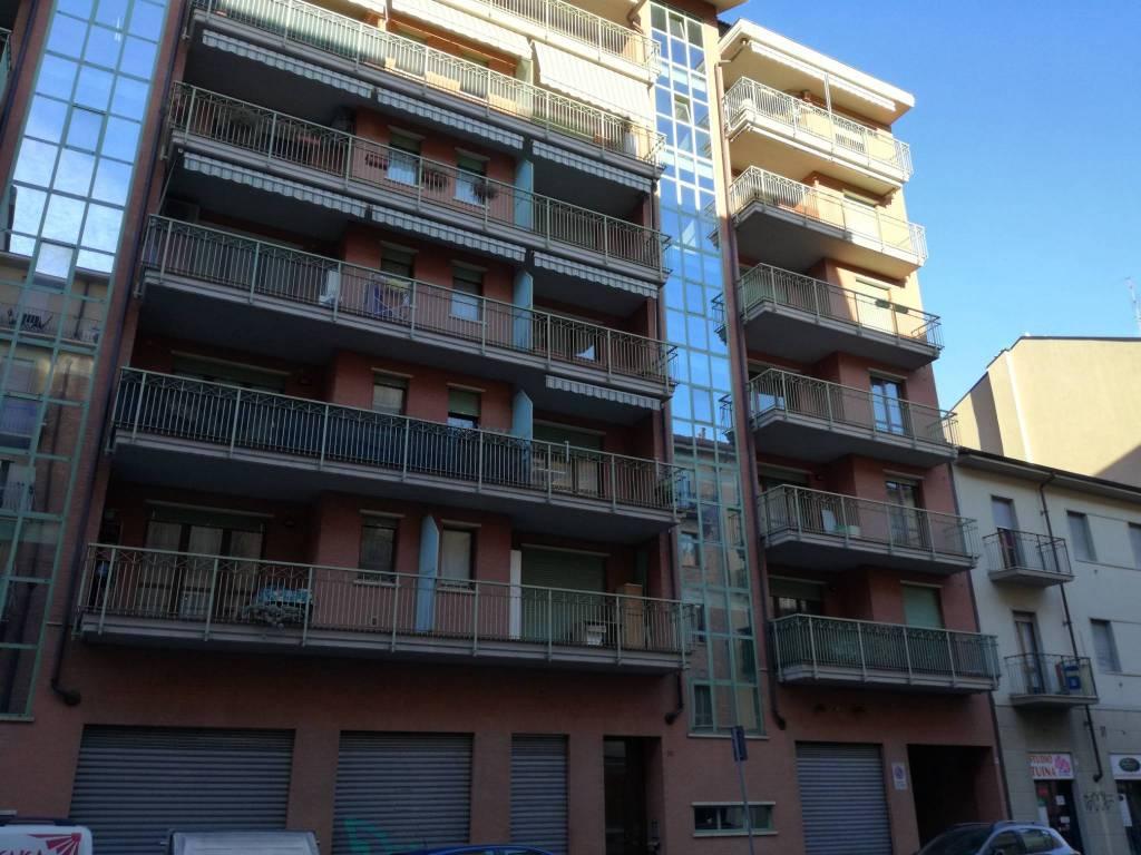 BOX/GARAGE VIA RIVALTA 34 TORINO