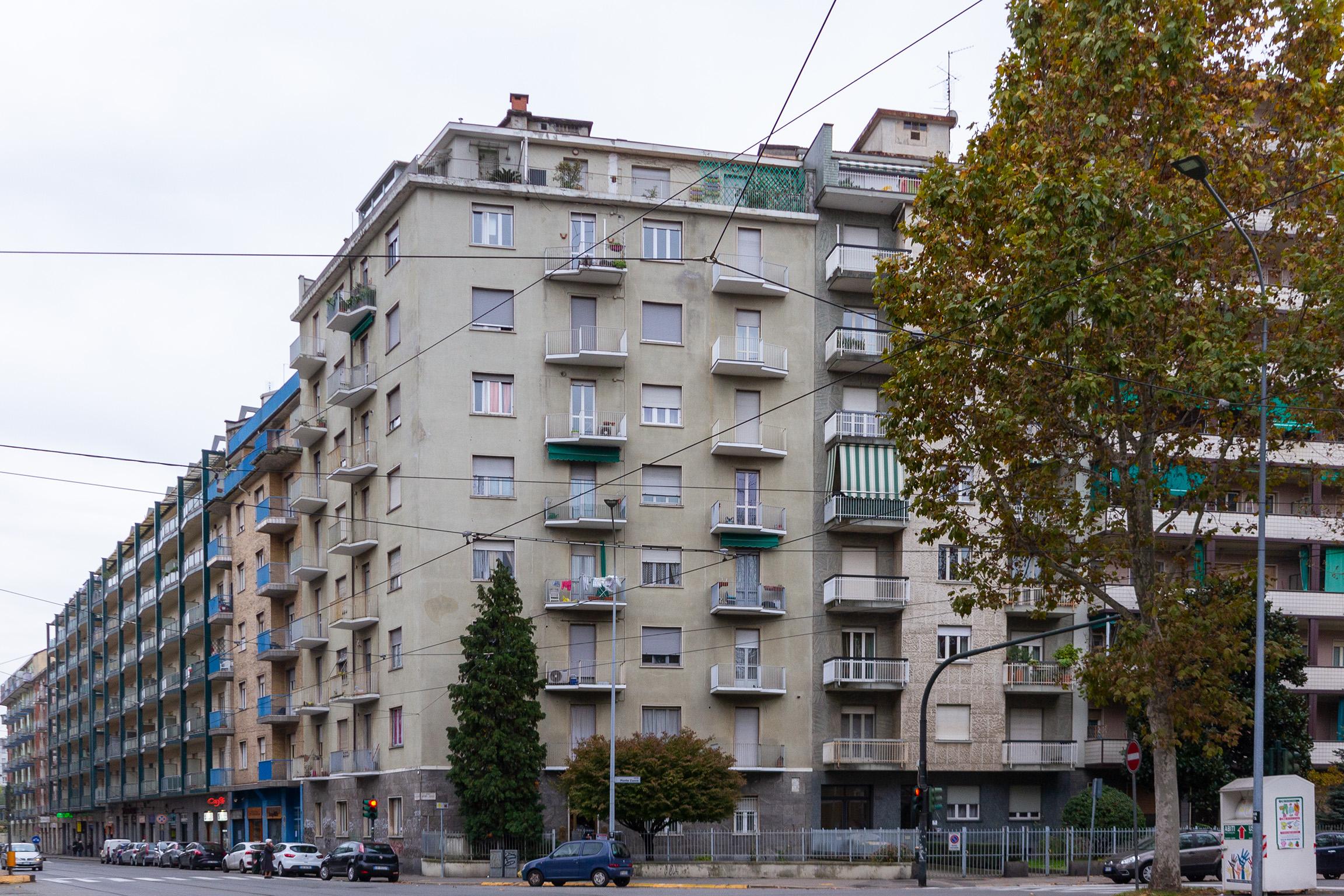 Bilocale corso Monte Cucco 115 Bis, Torino